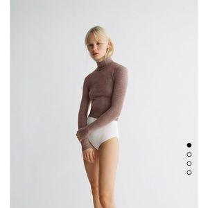 New Zara beige camel crop turtleneck soft sweater